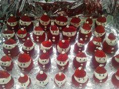 Weihnachtsmänner, ein sehr leckeres Rezept aus der Kategorie Frucht. Bewertungen: 1. Durchschnitt: Ø 2,7.