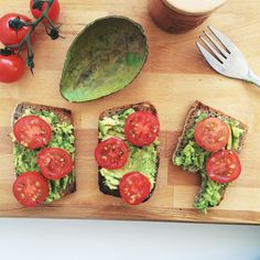 Toast Topped with Avocado and Tomato