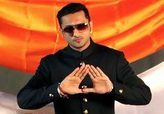 When Yo Yo Honey Singh reached the police station!