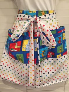 Dr. Seuss Adult Half Apron / Dr. Seuss Green Eggs and Ham apron / Lorax Horton Dr. Seuss apron / cat in the hat apron