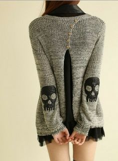 Grey Skull Applique Twinset Slits Back Buttons Fall Fashion Pullover - Pullovers - Sweaters - Tops Mode Outfits, Fashion Outfits, Womens Fashion, Skater Outfits, Mode Bizarre, Look Fashion, Autumn Fashion, Lolita Fashion, Fashion Magazin