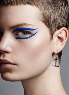 Idée Maquillage 2018 / 2019 : Hannah Hedberg for Grazia Germany by Frauke Fischer Makeup Trends, Makeup Inspo, Makeup Art, Makeup Inspiration, Beauty Makeup, Eye Makeup, Crazy Makeup, Makeup Looks, Photographic Makeup