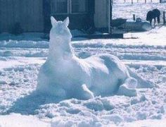 Snow Horse An aha moment. Have my art students sculpt in the snow, then take pics Snow Scenes, Winter Scenes, Snow Sculptures, Metal Sculptures, Ice Art, Snow Art, Snow And Ice, Equine Art, Horse Love