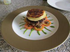 JHS  / Hamburger  pomodoro e patate  Gino D'Aquino