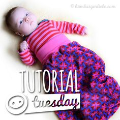 Hamburger Love: Tutorial Tuesday: Small gifts for very small people - today: the Pucksack Handgemachtes Baby, Baby Kids, Baby Set, Sewing Projects For Kids, Sewing For Kids, Diy Gifts For Kids, Diy For Kids, Small Gifts, Love Sewing