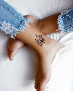foot and ankle tattoos for women flower / foot and ankle tattoos for women . foot and ankle tattoos for women flower . foot and ankle tattoos for women mandala . foot and ankle tattoos for women simple Tiny Tattoos For Girls, Ankle Tattoos For Women, Meaningful Tattoos For Women, Tattoo Girls, Tattoo Women, Sister Tattoos, Inner Ankle Tattoos, Small Tattoos For Women, Tiny Foot Tattoos