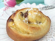 Vegane Hefeschnecken mit Pudding