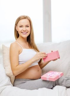 How new moms can get free baby stuff without leaving your house!  Now with FREE Welcome Box valued up to $35!  Diapers, bottles, wipes, formula and more! Email required. Act fast! (While supplies last)