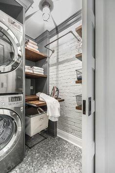 Beautiful Laundry Room Tile Design Ideas (34)