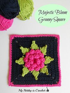 The Majestic Bloom Granny Square is an improved version with no visible seams and added leaves of my free pattern Dahlia in a Square Granny Square. ✿⊱╮Teresa Restegui http://www.pinterest.com/teretegui/✿⊱╮