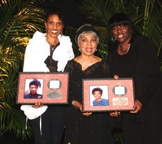 Singer/Songwriter Nona Hendryx and Actress Ruby Dee receive NABFEME Shero Honors Professional Goals, National Association, Equality, Singer, Actresses, Female, Wedding Ring, Social Equality, Female Actresses