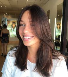 Long Hairstyles With Bangs Ponytail - 38 flattering examples of long hair with bangs Bangs With Medium Hair, Medium Hair Styles, Curly Hair Styles, Brown Hair Bangs, Messy Curly Hair, Long Curly, Thin Hair, Haircuts Straight Hair, Hairstyles With Bangs