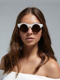 69a5510d5d79 Elizabeth and James Olive Sunglasses on. Garmentory