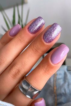 Lilac Nails With Glitter, Light Purple Nails, Purple And Pink Nails, Purple Acrylic Nails, Purple Nail Art, Lavender Nails, Purple Nail Designs, Best Acrylic Nails, Green Nails