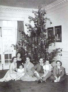 Jacqueline Lee (Bouvier) Christmas at Merrywood, 1948. her family. .❤❁❤❁❤❁❤❁❤❁❤ http://en.wikipedia.org/wiki/Jacqueline_Kennedy_Onassis