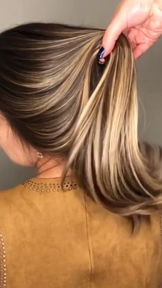 Haircuts For Long Hair, Trendy Hairstyles, Straight Hairstyles, Rebonded Hair, Hair And Beauty, Brown Hair With Blonde Highlights, Blonde Hair, Best Hair Straightener, Hair Growth Oil