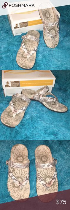 NEW Orthaheel Pink Python Style Flip Flops SZ 6 NEW Orthaheel Limited Edition Pink Python Style Flip Flops SZ 6. Imitation python. These help with arch and total foot support and help reduce or get rid of pain. These don't come with tags but are New In Box! Original box! Add To bundle or make an offer and we can negotiate a great deal for you! ♥️ All sales help me take care of and support my Mom ♥️ Orthaheel Shoes Sandals