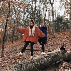 Discover ideas about best friend pictures Best Friend Pictures, Bff Pictures, Fall Photos, Cute Photos, Cute Fall Pictures, Fall Pics, Tumblr Fall Pictures, Halloween Pictures, Fotografie Portraits