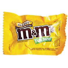 The Great Halloween Candy Comparison - Cooking Light Popular Candy, Peanut Candy, All Beer, Death By Chocolate, Soy Products, Snack Recipes, Snacks, Nutrition, Fun Size