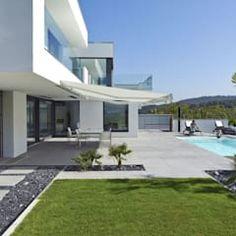 Salle à manger moderne par lee+mir moderne | homify Moderne Pools, Best Modern House Design, Luxury Homes Dream Houses, Modern Architecture House, Amazing Cars, Exterior Design, House Plans, Mansions, House Styles