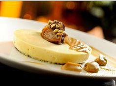 Cheesecake de Doce de Leite - http://cybercook.terra.com.br/receita-de-cheesecake-de-doce-de-leite-r-7-14718.html