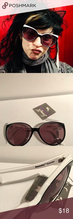 82d12836cb6 Vintage 1982 Black   White Sunglasses by Sassaby