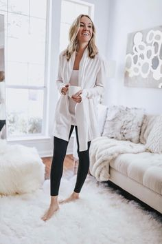 Sharing some of my absolute favorite comfy chic favorites from Jockey. They have the best loungeweawr and underwear ever! Source by lifebylee clothes chic Outfit Essentials, Fall Fashion Trends, Autumn Fashion, Fashion Ideas, Casual Dresses, Casual Outfits, Work Outfits, Fashion Dresses, Loungewear Outfits