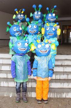 KLASSENKUNST: Fasnachtskostüm Marsmensch