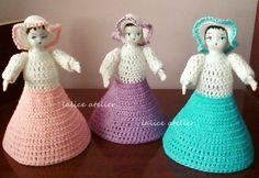 PRESENTE PARA MADRINHAS - Boneca Sara em crochê e garrafa pet #presentemadrinha #lembrançamadrinha #bonecacrochê #casamento #boneca #crochê