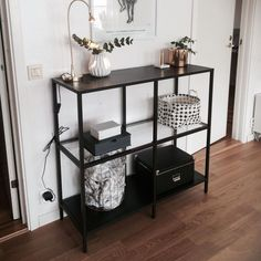 IKEA's Vittsjö shelf unit is an affordable (and easy-to-hack) entryway option. #easyhomedecor