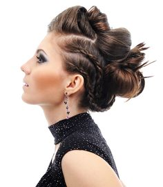 Idée coiffure : Chignon pour mariage, soirée ou cérémonie sur cheveux longs…