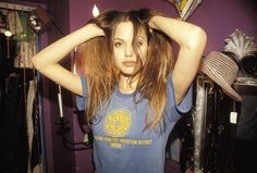 90s kids - Angelina Jolie