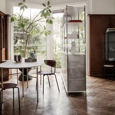 Ferm Living Showing Us How a Good Home Looks and Feels Art Deco, Design Bestseller, Structure Metal, Design Studio, Architectural Digest, Vintage Design, Villas, Living Room Designs, Home Goods