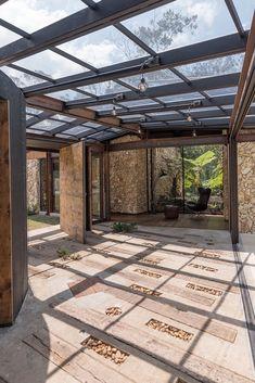 Casa Gozu / OPUS