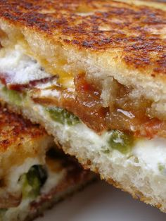 Jalapeno Popper Grilled Cheese  Recipe from Cooking and Eating From Away    2 slices sourdough bread  2 ounces goat cheese, softened  2 slices cooked bacon  1 jalapeno peppers  1 tablespoons apricot preserves  1 tablespoons butter