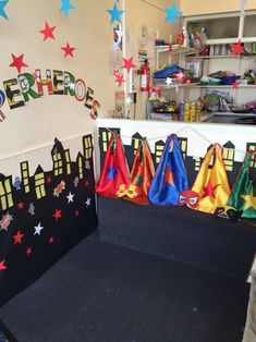 How many of your children love Superheroes? Yep mine too… Surprisingly it's not just the boys either- my girls are just as excited about Superheroes as the boys. I am a keen belie… Superhero Writing, Superhero School, Superhero Classroom Theme, Classroom Themes, Superhero Ideas, Super Hero Activities, Eyfs Activities, Writing Corner, Writing Area