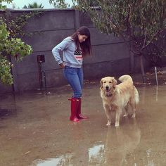 Domingo de lluvia☔️ #hunterboots #outdoors #rainboots #dog Spring Summer 2016, Hunter Boots, Riding Boots, Outdoors, My Style, Dogs, Animals, Instagram, Rain