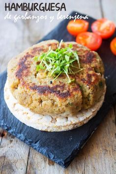 KOOKING: Hamburguesa de garbanzos y berenjena (vegetariana)