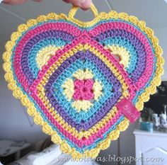 Crochet Heart shaped Pot Holders FREE pattern