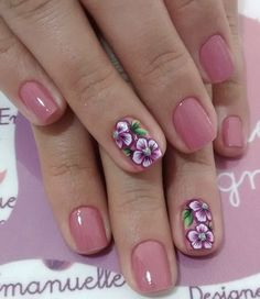 Gel pedicure toenails manicures Ideas for 2019 Pink Nails, Gel Nails, Acrylic Nails, Flower Nail Designs, Toe Nail Designs, Cute Nails, Pretty Nails, Gel Pedicure, Moon Nails