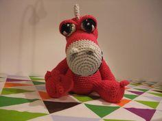 cute dragon crochet pattern by Little Wendy crochet   Find me on :  ravelry -> http://www.ravelry.com/designers/little-wendy-crochet Facebook -> www.facebook.com/littlewendycrochet  Blogger -> littlewendycrochet.blogspot.com  twitter -> @CRAEW  instagram -> @craewen