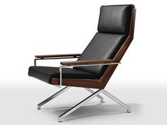 leather, wood and metal- what more could one ask for in a chair?