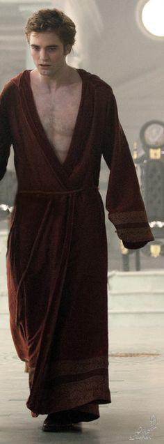 Edward's Red Robe of Pain