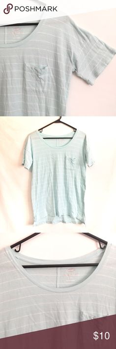 Old Navy Boyfriend Style Pocket Tee Old Navy Boyfriend style short sleeve tee. Size XS, but fits big due to it being the boyfriend style. Light blue with white stripes. Wide neck area. The inner tag has been cut out. In great condition.   Measurements (inches):  ~Bust: 18  ~Shoulder: 17 ~Length: 24 (front) & 26 (Back)   *all measurements are taken with the item laying flat*     I am always open to offers.    Bundle your likes for a discount. Old Navy Tops Tees - Short Sleeve