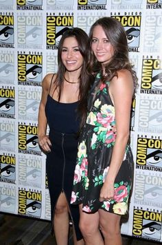 Sarah Shahi and Amy Acker on the red carpet