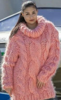 Thick Sweaters, Wool Sweaters, Sweaters For Women, Fluffy Sweater, Mohair Sweater, Sweater Fashion, Sweater Outfits, Gros Pull Mohair, Womens Knit Sweater