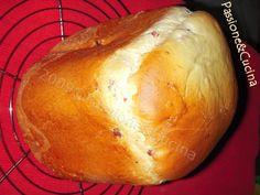 Brioches Rustica per la Macchina del Pane con cotto e formaggio