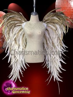 Gold White Feather Angel Wing Show Time Backpack Diy Angel Wings, Angel Wings Costume, Diy Wings, Feather Angel Wings, Black Feather Dress, Mannequin Art, Feather Design, Halloween Disfraces, White Feathers