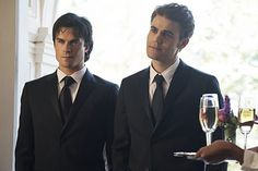 Find images and videos about the vampire diaries, tvd and ian somerhalder on We Heart It - the app to get lost in what you love. Vampire Diaries Stefan, Vampire Diaries Series Finale, Vampire Diaries Seasons, Vampire Diaries Cast, Vampire Diaries The Originals, Caroline Forbes, Stefan And Caroline, Damon Salvatore, Ian Somerhalder