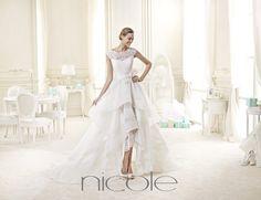 http://www.nicolespose.it/it/ #Nicole #collection for #nicolespose #weddingdress #wedding #abitidasposa #alessandrarinaudo #nicole #labitodeisogni #bianco #white
